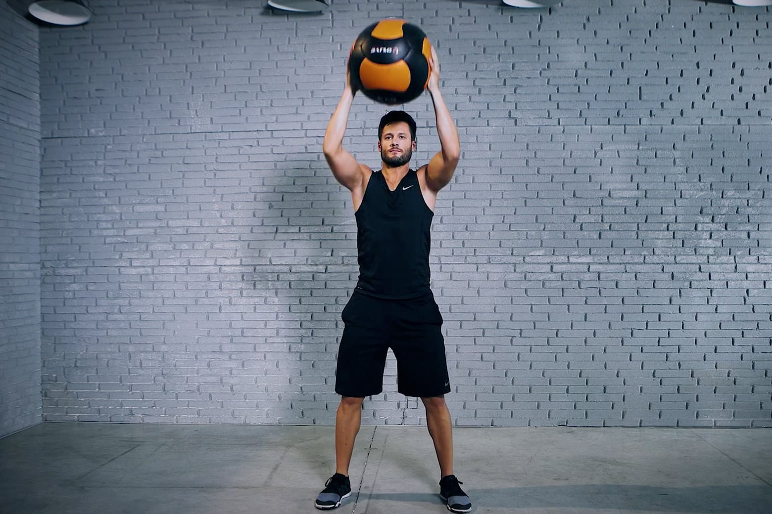 Exercise of the week: MB Squat to Overhead Press