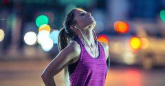 Back to Basics: Hier sind 4 natürliche Bewegungen, die du jeden Tag üben solltest